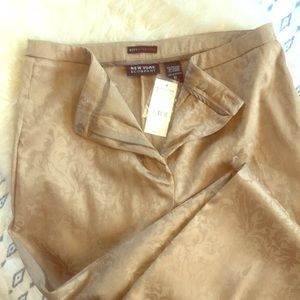 Gorgeous Brocade print gold trousers. Never worn!